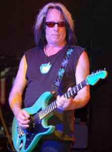 1200px-Todd_Rundgren_at_Revolution_Live_(cropped)